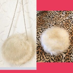 🍃Gymboree | Fur Clutch Purse - Silver Chain